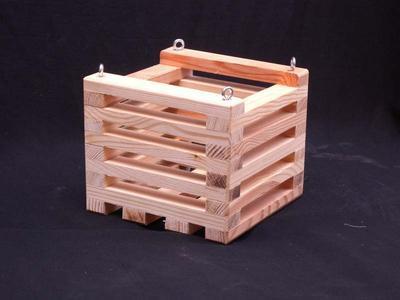 Košík dřevěný (12 x 12cm) - 1